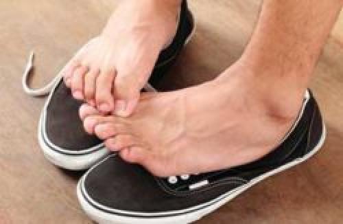 Как избавиться от запаха в обуви Перекись водорода. Как быстро избавиться от запаха пота в обуви
