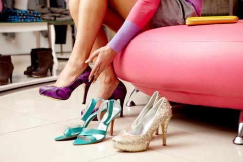 Лайфхаки для обуви на высоком каблуке. Целый день на каблуках? 9 самых высоких лайфхаков для тех, кто устал от неудобной обуви)