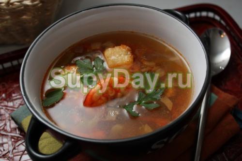 Томатный суп с морепродуктами по Дюкану. Томатный суп с белой рыбой и креветками