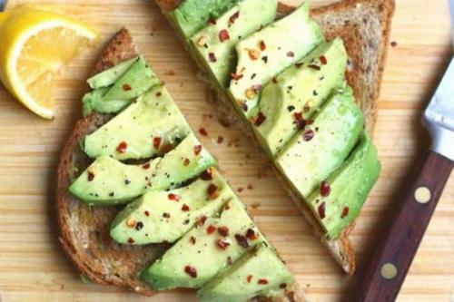 Как правильно есть авокадо в сыром виде. Как нужно правильно есть авокадо в сыром виде, чтобы было вкусно?