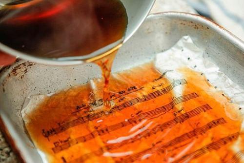 Состарить бумагу в чае