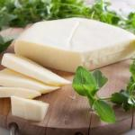 Очень вкусный сыр - сулугуни, готовится легко и быстро!