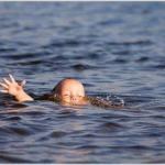 Утопающие редко похожи на тонущих.