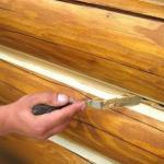 Полезные советы - как правильно заделывать трещины в дереве и конопатить сруб.