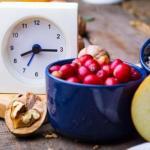 Поздний ужин: 15 продуктов, которые полезно есть на ночь?