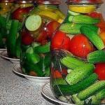 Овощное ассорти с водкой без стерилизации.