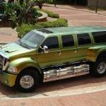 Cамый большой в мире серийный автомобиль Ford F650 весом более 12 тонн.