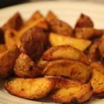 Картофель айдахо. Популярное американское блюдо - печеная картошка с хрустящей корочкой.