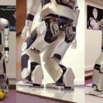 Иранский человекоподобный робот Surena III.