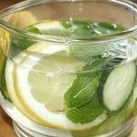 Домашний напиток из огурца с лимоном для похудения.